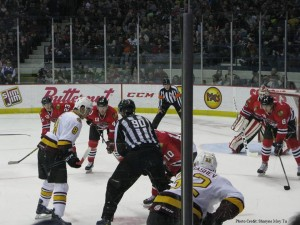 Chicago Wolves vs Rockford Icehogs